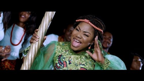 Download Video : Mercy Chinwo – Akamdinelu