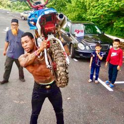 Nigerian Born Malaysian Actor, Director, Stuntman, Producer Crackydon new movie sets to feature Veteran rapper Idris Abdul Kareem on the movie soundtrack